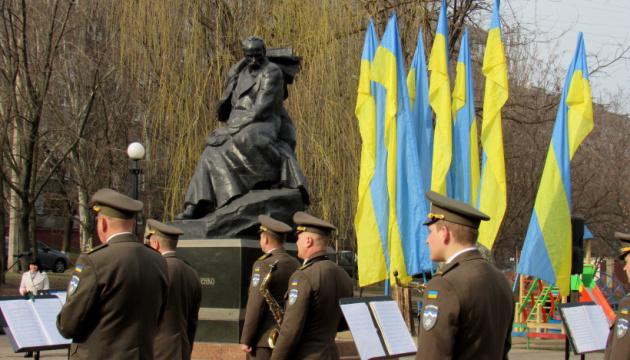 У Маріуполі пройшов мітинг до дня народження Тараса Шевченка