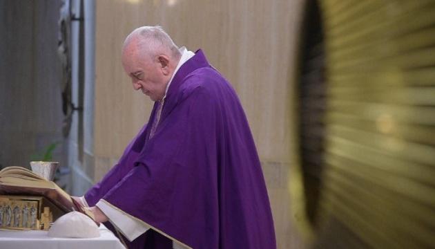 Папа римский собирается сделать прививку от коронавируса