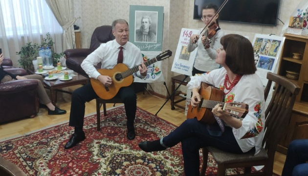 В Узбекистані відбувся творчий вечір, присвячений Лесі Українці