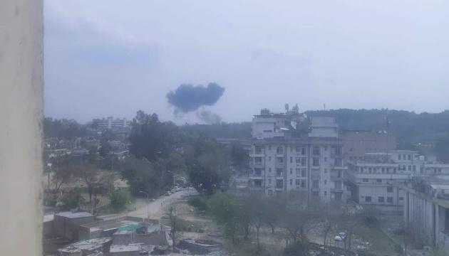 На репетиции авиасалона в Пакистане разбился истребитель