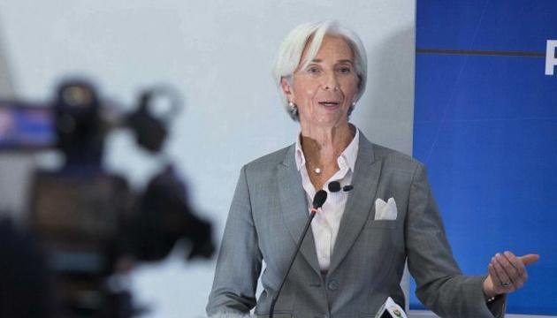 Нова COVID-хвиля може затримати відновлення економіки єврозони – Лаґард