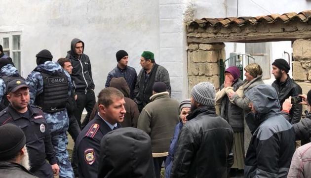 Окупанти у Криму забрали двох синів науковця за звинуваченням у