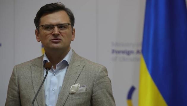 Україна починає підготовку до другої евакуації з Китаю - Кулеба