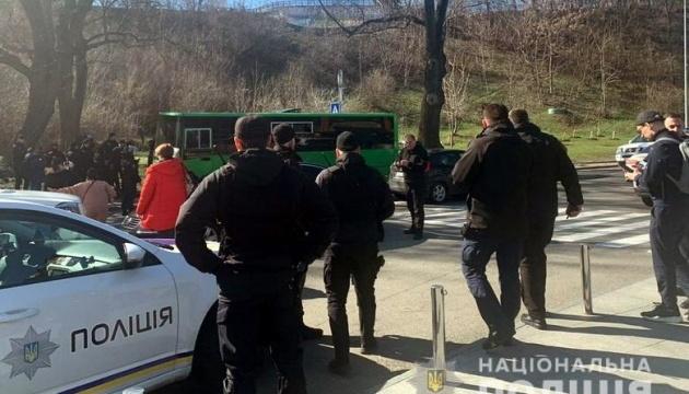 Напад на Сивохо: у відділок доставили 15 осіб