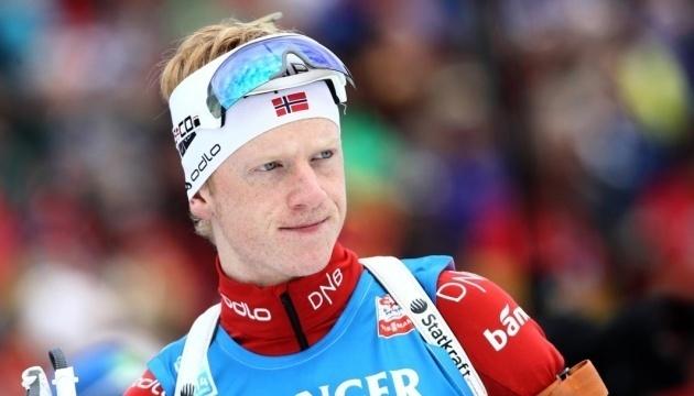 Иоханнес Бё выиграл спринт этапа Кубка мира по биатлону в Финляндии