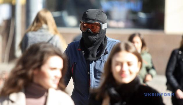 Коронавирусный карантин, женские марши и силиконовый Кравчук