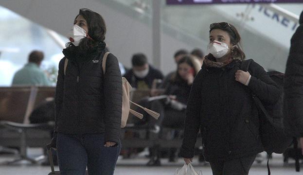 У Словаччині зобов'язали носити маски на вулиці