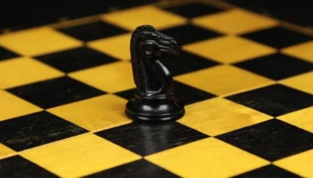 Шахматы: на турнире претендентов даже лидер чувствует себя неважно