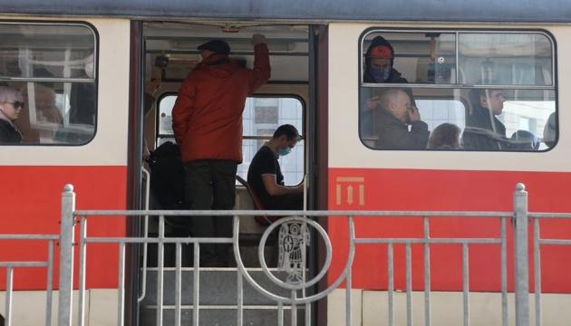Водіїв столичного транспорту каратимуть за велику кількість пасажирів