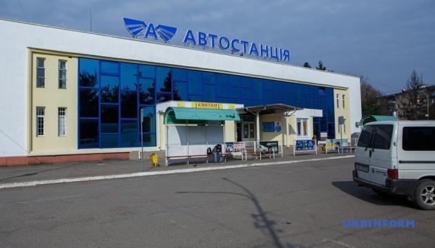 В Ужгороді від завтра припиняє роботу весь громадський транспорт