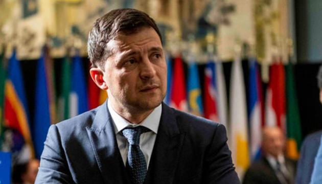 Volodymyr Zelensky se rend au Royaume-Uni pour une visite officielle