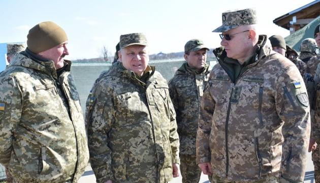 Міністр оборони і начальник Генштабу відвідали