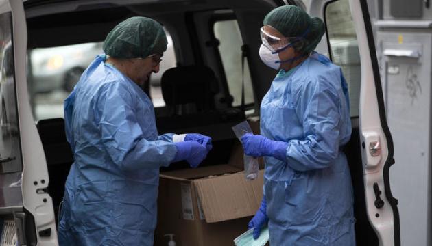 В Италии от коронавируса умерли уже 100 врачей