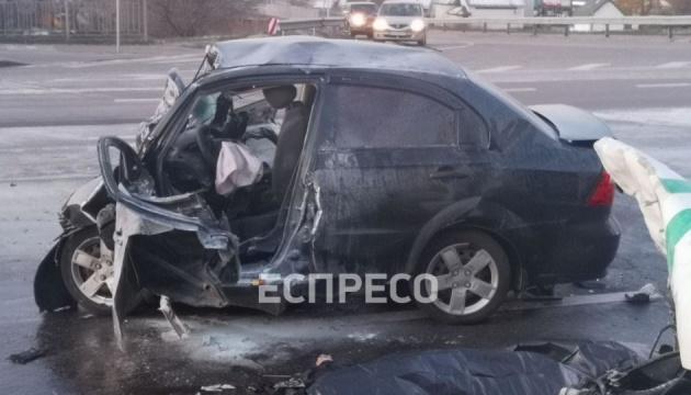 У Києві інкасаторський бус зіткнувся з легковиком, є загиблі