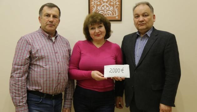 Діаспора з Ірландії передала адресну допомогу родинам жертв репресій в окупованому Криму