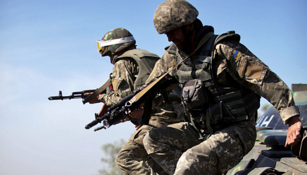 Donbass : cinq violations de la trêve en 24 heures