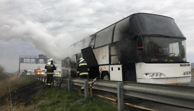 В Венгрии загорелся автобус с украинцами