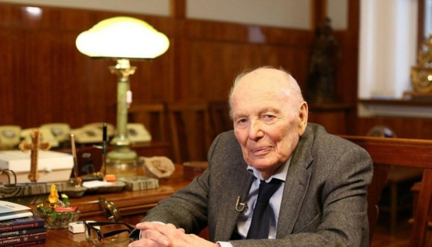 Un hommage en grand pour dire adieu à Borys Paton