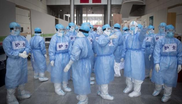 В китайском Ухане начали вакцинацию от коронавируса