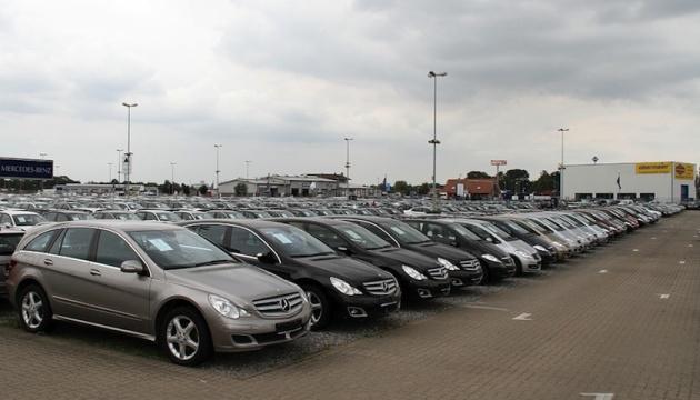 Німецька автопромисловість через пандемію може втратити 100 тисяч робочих місць - експерт
