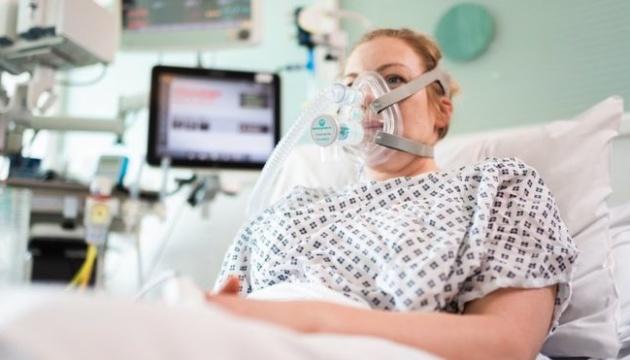Конструктори Mercedes Formula One та вчені створили заміну апарату штучної вентиляції легень