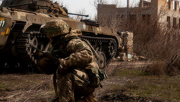 Invaders violate ceasefire in Donbas three times. Two Ukrainian soldiers killed
