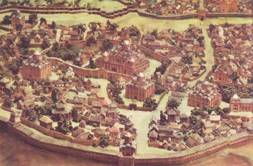 Рік руйнівної пожежі став і роком початку будівництва Софійського собору