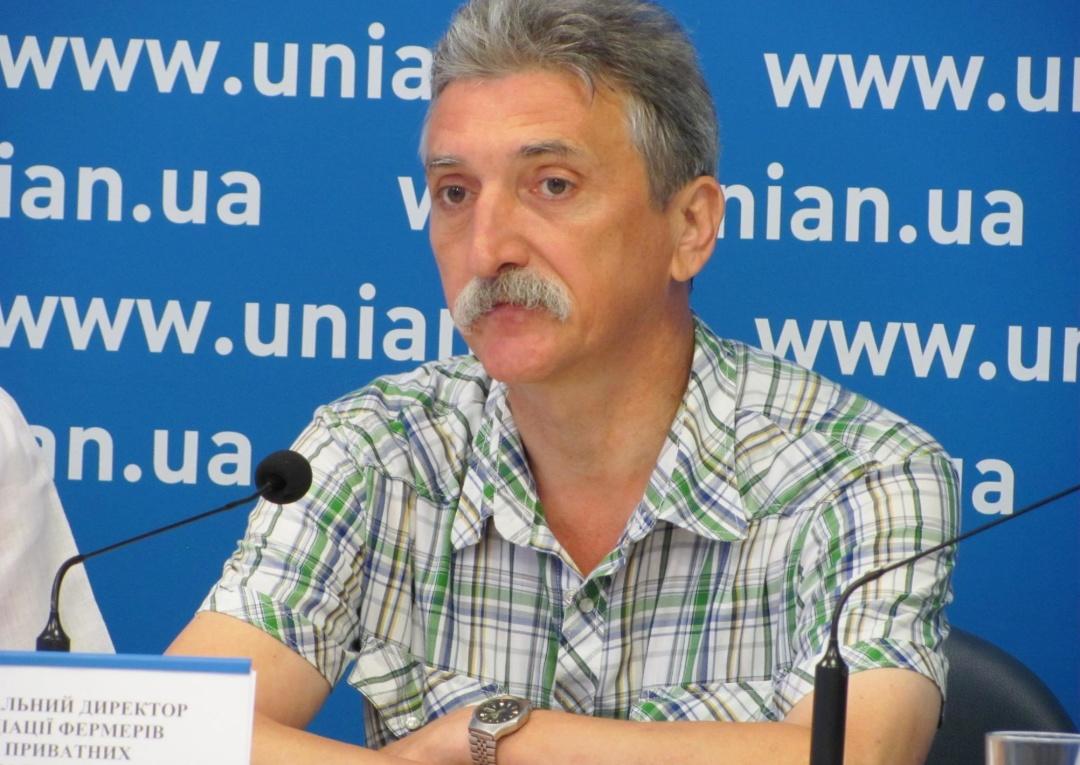 Юрій Апальков