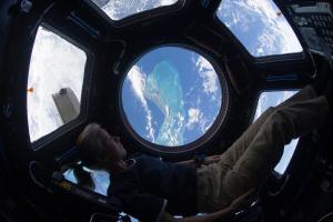 Перший пілотований політ Dragon Crew на МКС відбудеться без росіян