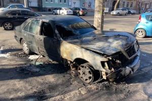 """В Одессе сожгли авто активиста """"Правого сектора"""""""