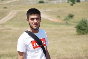 """Оккупанты """"предостерегли"""" крымского активиста от участия в митингах"""