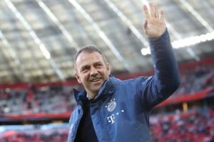 «Баварія» продовжила контракт з головним тренером Фліком