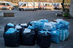 Медики на Донетчине получили 700 защитных костюмов