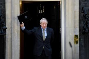 Джонсон не планує «скасовувати» у Британії Різдво через COVID-19