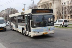 В Запорожье общественный транспорт будет работать, несмотря на карантин