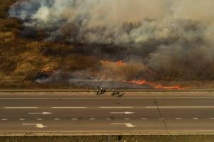 Під Рівним через пожежу поліція перекривала трасу Київ-Чоп