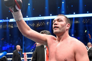 Пулев пообещал отдать медикам половину гонорара за бой с Джошуа