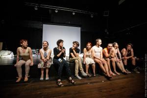 У Нідерландах українка, яка захворіла на коронавірус, організувала онлайн-фестиваль