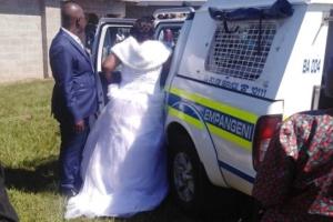 У ПАР поліція заарештувала весілля