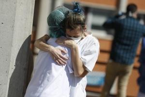 Коронавірус в Європі: перша країна перетнула позначку в 100 000 смертей