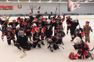 У Білорусі призупинили всі дитячі змагання з хокею
