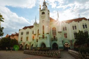 На Закарпатті найбільше людей з коронавірусом — у Мукачеві