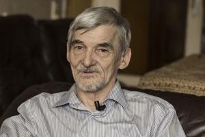 Евросоюз требует от России освободить заключенного правозащитника Юрия Дмитриева