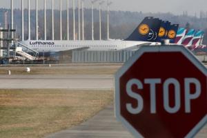 Lufthansa теряет ежечасно миллион евро - глава авиакомпании