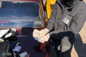 СБУ впіймала на хабарі одного із керівників райвідділу поліції Житомирщини