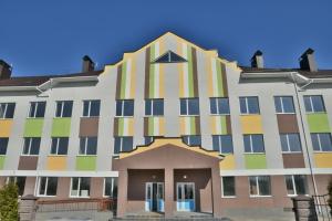 """""""Большое строительство"""": на Ривненщине готовят к сдаче школу на 200 учеников"""
