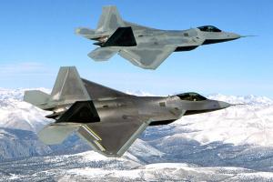 США перехопили російські літаки-розвідники біля Аляски