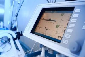 На Львівщині перевіряють лікарню, де після відключення світла померли двоє пацієнтів на ШВЛ