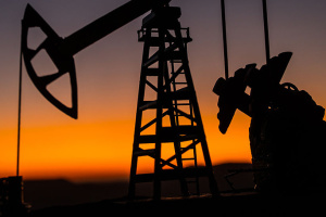 Нефть дешевеет на данных API о росте запасов в США