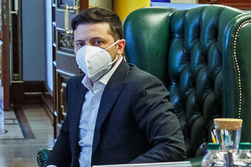 Rozprzestrzenianie się koronawirusa - Ukraińcy docenili reakcję Zełenskiego